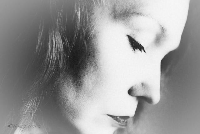 tiina-selfportrait-SV