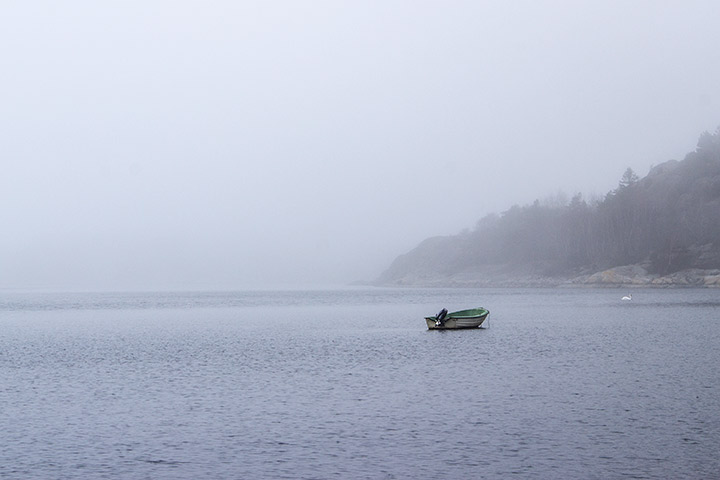 boat-in-mist-by-Tiina-Petersson